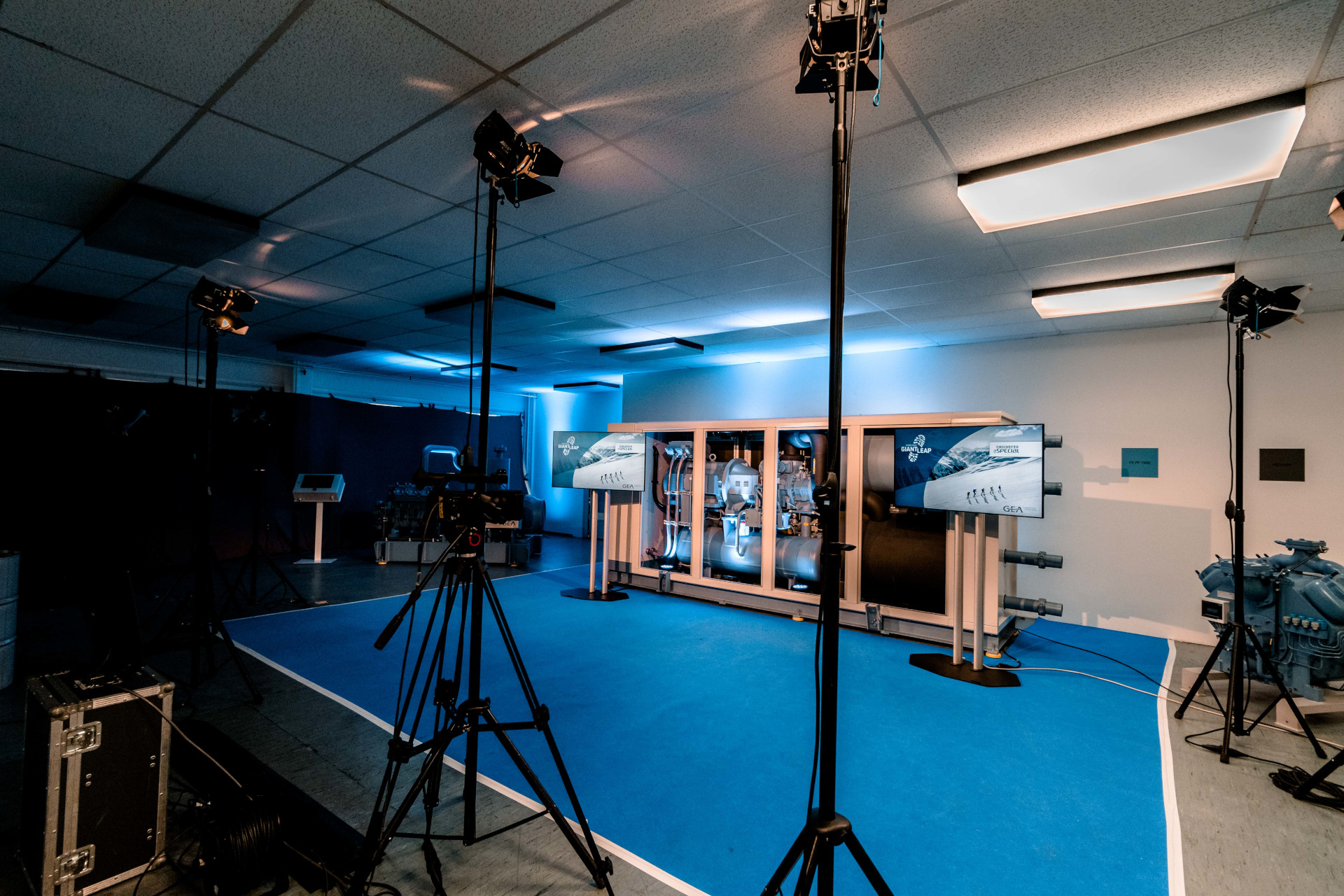 Stage of the GEA Studio production for Chillventa by PIRATEx online event agency