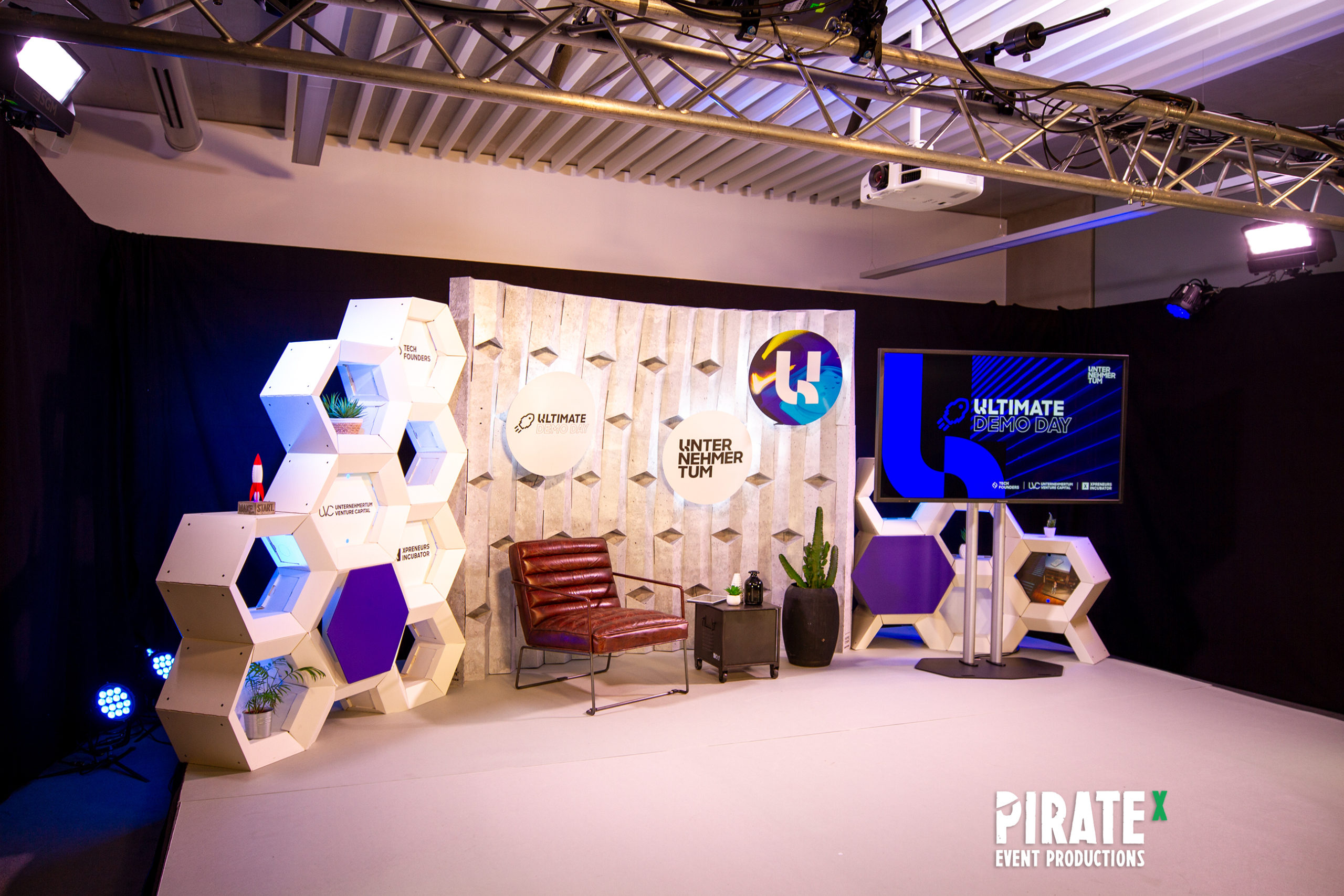 Piratex production of the Ultimate Demo Day 2020 powered by UNTERNEHMERTUM Munich