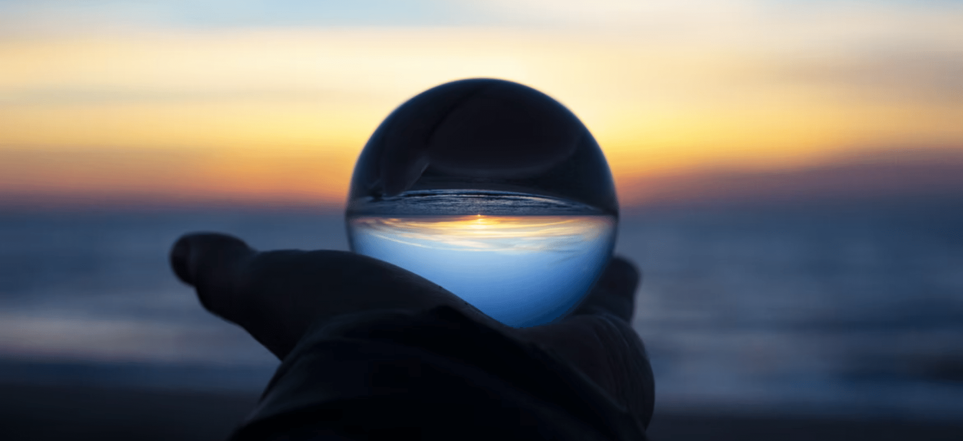 Header image of The Lookout All News Online Events and Virtual Events on Revisiting our 2021 Event Predictions / 2021 Veranstaltung Prognosen